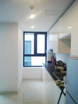 Chính chủ cho thuê chung cư Golden Land 275 Nguyễn Trãi 94m2, 2 phòng ngủ, full đồ giá 15triệu/tháng. Liên hệ: 0986782302 602008