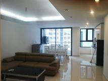 Cho thuê căn hộ chung cư Golden Land, 3 PN, giá siêu rẻ. 0986782302