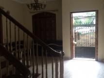 Cho thuê nhà ngõ 294 Kim Mã, DT 100m2 x 4 tầng, 6 PN, giá 15tr/tháng. LH 0914252424