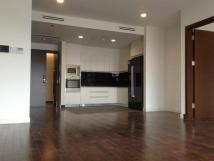 Chính chủ cho thuê chung cư 170 Đê La Thành, 146m2, 3PN, đồ cơ bản, giá 11 triệu/tháng