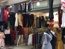 Chính chủ cần sang nhượng cửa hàng quần áo, tại số 10 ngõ 31 Phan Văn Trường- Cầu Giấy- Hà Nội