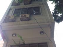 Cho thuê nhà phân lô 2C Trung Hòa, Cầu Giấy, Hà Nội. DT 100m2, 5 tầng, MT 5m, giá 35tr/th
