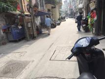 Cho thuê nhà riêng mặt ngõ ô tô tại Thịnh Quang - Vĩnh Hồ - Thái Thịnh.