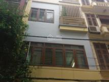 Cho thuê nhà phố Trung Liệt,Đống Đa.DT 90m,4 tầng,Mt 5m.Giá 40tr/th