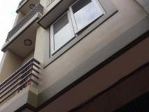Cho thuê nhà ngõ 83 Nguyễn Khang, Trung Hòa, Cầu Giấy, Hà Nội. DT 40m2, 5 tầng. Giá 20 tr/th