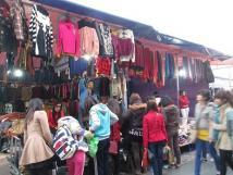Cho thuê mặt bằng bán quần áo ở Phan Văn Trường, diện tích 14 m2, 2 mặt tiền