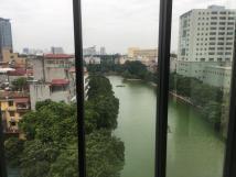 Cho thuê văn phòng khu vực Chùa Láng cạnh Vincom Nguyễn Chí Thanh, quận Đống Đa 35m2,85m2, 100m2, giá 11$/m2/tháng