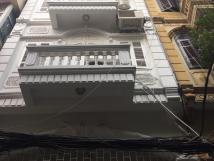 Cho thuê nhà ngõ 59 Chùa Láng,Đống Đa, Hà Nội.DT 80m,4 tầng,MT 5m.Giá 20tr/th