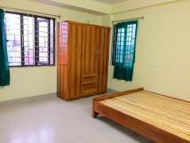Cho thuê phòng ngõ 565 Nguyễn Trãi, cạnh Triều Khúc, khép kín, không chung chủ, DT 25m2, giá 2.8tr