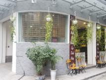 Sang nhượng quán cafe ngõ 34 Nguyên Hồng, quận Đống Đa, Hà Nội