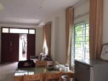 Nhà riêng Kim Mã, DTSD 123m2, MT 10m, 3PN, 2WC, full đồ, 8tr/th