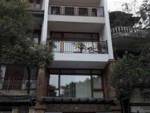 Nhà mặt phố Thụy Khuê-5 tầng-200m2-25tr/th