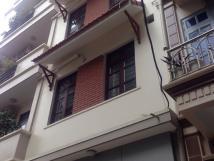Cho thuê tầng 1+2, 92m2 phố Đặng Tiến Đông, Trung Tự, Đống Đa