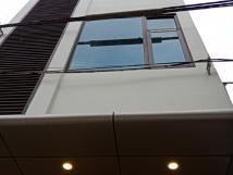 Cho thuê nhà Mễ Trì Thượng, Nam Từ Liêm, DT 48m2, 7 tầng, thông sàn, thang máy. Giá 17tr/th