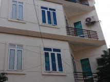 Cho thuê nhà riêng ngõ 2A, Văn Cao, Ba Đình, DT: 108m2