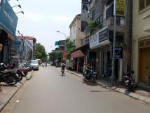 Cho thuê 65m2 đất, mặt phố Bồ Đề, Long Biên, kinh doanh tốt