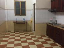 Cho thuê nhà riêng 4 tầng, ngõ Thịnh Quang, DT 54m2, giá 12tr/tháng