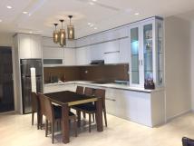 Chính chủ cho thuê căn hộ 101 Láng Hạ-146m2, 3PN đủ đồ giá 15triệu/tháng.