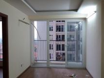 Cho thuê chung cư Gemek Tower, căn hộ 2 PN 70m có tủ bếp giá 4 triệu