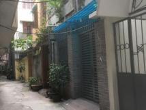 Cho thuê nhà riêng tại Phạm Ngọc Thạch, DT 115m2, DTSD 70m2, 3 tầng