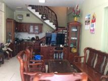Cho thuê nhà riêng tại Đường Láng .dt 40m2x5 tầng