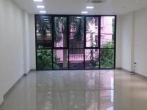 Cho thuê cửa hàng mặt phố Gia Lâm kinh doanh 132m²  giá 15tr/tháng