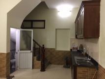 Cho thuê nhà ngõ Bạch Mai mới xây phù hợp với hộ gia đình ở