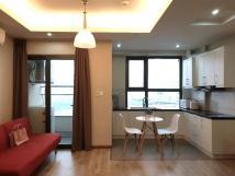 Cho thuê chung cư 170 Đê La Thành đồ nhập khẩu (Căn góc) 13 triệu Nội thất mua để ở