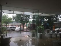 Cho thuê nhà mặt phố Trần Nhân Tông, tòa nhà 7 tầng x 8m mặt tiền