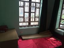 Cho thuê nhà riêng Nguyễn Văn Cừ, 40m2, 4 tầng, 8tr/th, LH: 01629371811