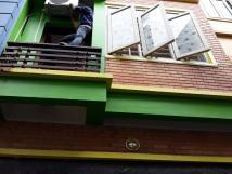 Cho thuê nhà riêng 4 tầng tại Mễ Trì Thượng, 54 m2, mặt tiền 4m, LH: 0981895085