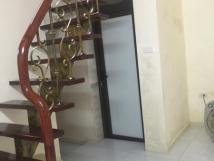 Nhà mặt phố Trần Quốc Toản, DT22m2x2T, Giá: 22tr/tháng