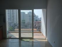 Tôi cần cho thuê căn hộ tại tòa 172 Ngọc Khánh, Ba Đình, DT 154m2, 3PN, nội thất cơ bản, 15 tr/th