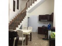 Nhà riêng Đường Láng, 105m2, 2.5 tầng, 5 phòng ngủ, ngõ 2.6m