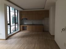 Cho thuê nhà 7,5T x 100m2 Quảng An, Tây Hồ