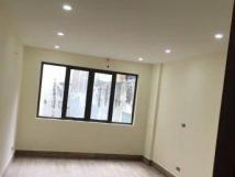 Cho thuê nhà riêng mới đẹp tại Cự Lộc, DT 35m2 x 4,5 tầng, giá 10.5 triệu/tháng