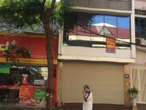 Cho thuê nhà MP Trần Nhật Duật, DT 135m2, MT 6m, 2T