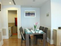Cho thuê căn hộ 172 Ngọc Khánh Artex Building 3PN, 115m2 full đồ giá 15 triệu