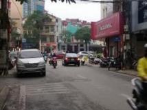 Cho thuê nhà mặt phố tại đường Quan Hoa, Cầu Giấy, Hà Nội diện tích 50m2, giá 22 triệu/tháng
