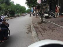 Cho thuê nhà 6 tầng mới xây Đê La Thành - Ô Chợ Dừa.