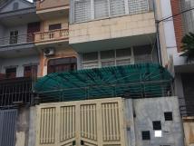 Cho thuê nhà riêng ở ngõ 221 Tôn Đức Thắng 50 m2, 3 tầng ở làm vp