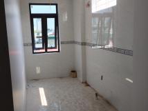 Cho thuê nhà mặt phố Nguyễn Trường Tộ Ba Đình.Diện tích: 100m2/sàn, mặt tiền 5m, xây mới hiện đại, có thang máy.