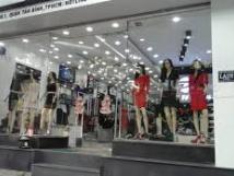 Cho thuê cửa hàng nhất phố Hàm Long, 54m2, MT 6m, giá thuê 37 tr/tháng
