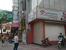 Cho thuê nhà 2 mặt tiền đường Nguyễn Văn Cừ, quận Long Biên