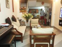 Chính chủ cho thuê nhà riêng Vũ Thạnh, đối diện Núi Trúc, 4 tầng, 2PN, giá 12tr/th, ở ngay