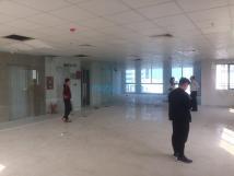 Mặt bằng kinh doanh phố Nguyễn Văn Cừ, LB, 350m2 x 2T, mặt tiền 10m