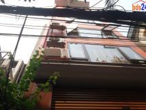 Cho thuê căn hộ trong tòa nhà 8 tầng, ngõ 36 phố Đào Tấn, quận Ba Đình, Hà Nội