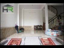 Cho thuê 5 tầng đường Võ Chí Công, Cầu Giấy gần dốc Bưởi oto vào nhà full nội thất cao cấp