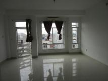 Cho thuê nhà riêng Phố Đỗ Quang, 60m2*4T, tiên kinh doanh, làm lớp học... giá 25tr/th