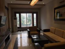 Cho thuê nhà riêng tại Hoàng Như Tiếp, Long Biên, 90m2, mặt tiền 9m, 2 tầng, 35 triệu/ tháng.